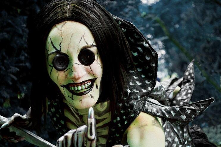 La cosplayer más aterradora del mundo basada en la película Coraline 03