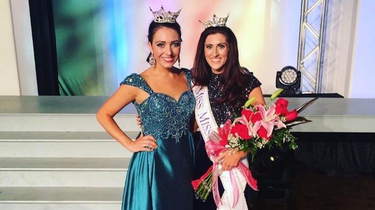 La primera concursante abiertamente homosexual del Miss América 01