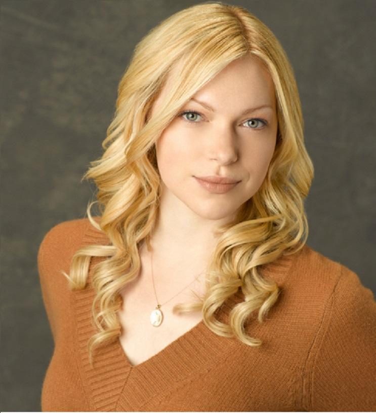 Lo que necesitas saber de la guapa Laura Prepon, actriz que da vida a Alex Vause 3