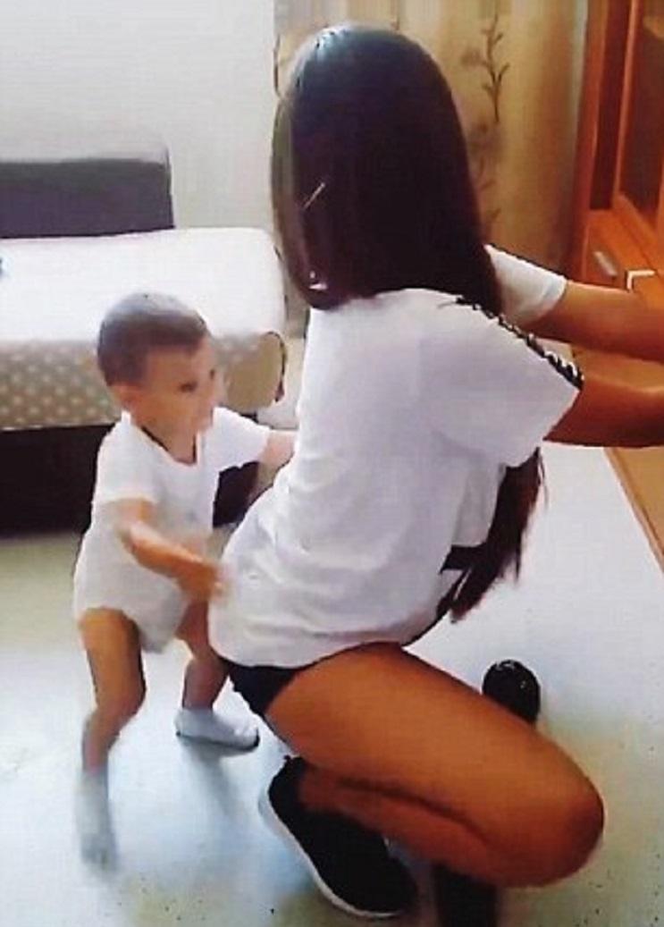 Mujer es acusada de abuso infantil por este video 2