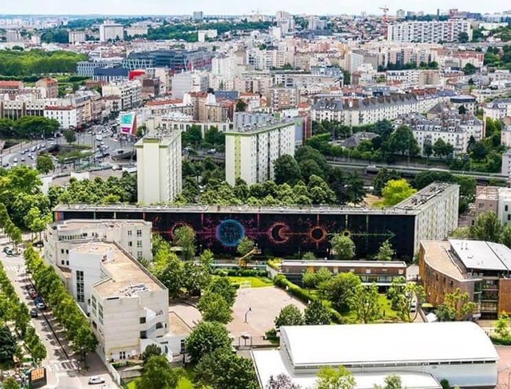 No creerás con esta hecho uno de los murales más grandes de París 4