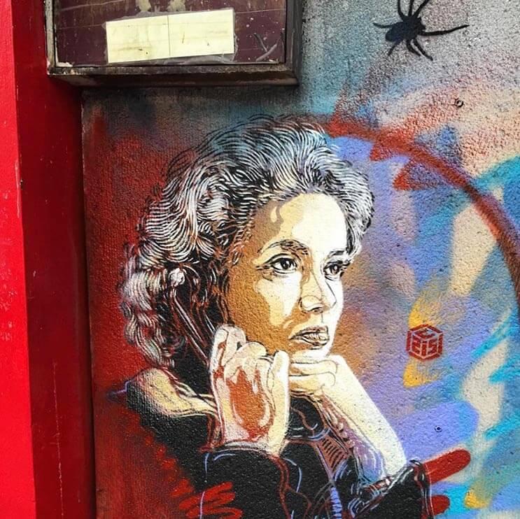 Tributo a las mujeres más poderosas por el artista urbano C215 13