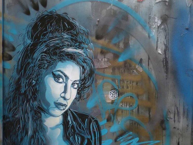 Tributo a las mujeres más poderosas por el artista urbano C215