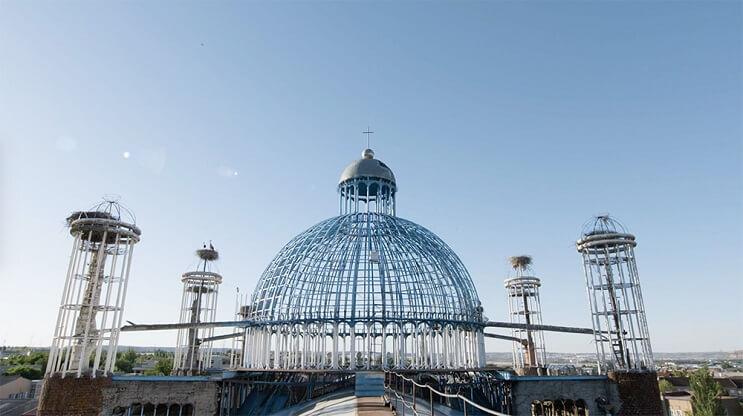 Un hombre ha pasado 53 años construyendo una catedral con sus propias manos 3