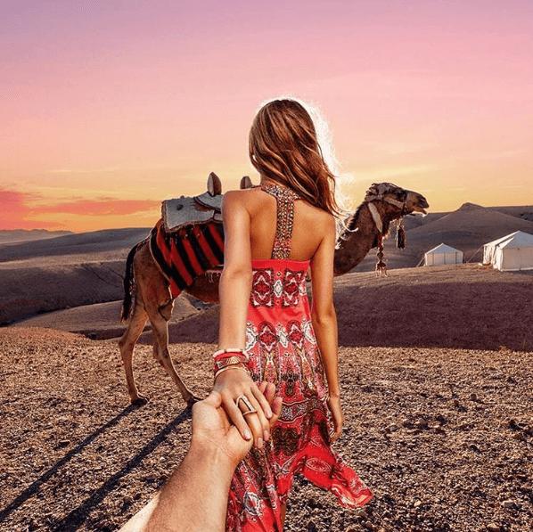 "Una pareja de robots parodia la cuenta ""Follow Me"" de Instagram 02"