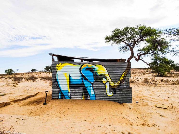 Una serie de graffitis de elefantes buscan dar esperanza a Sudáfrica 3
