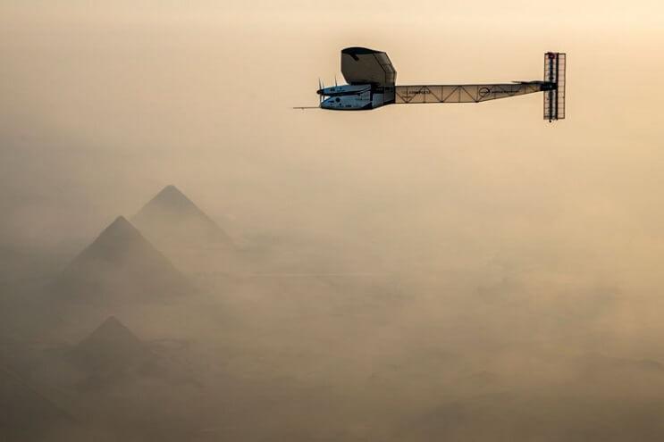 ¡Increíble! Este avión ha dado la vuelta al mundo sin una sola gota de gasolina 09