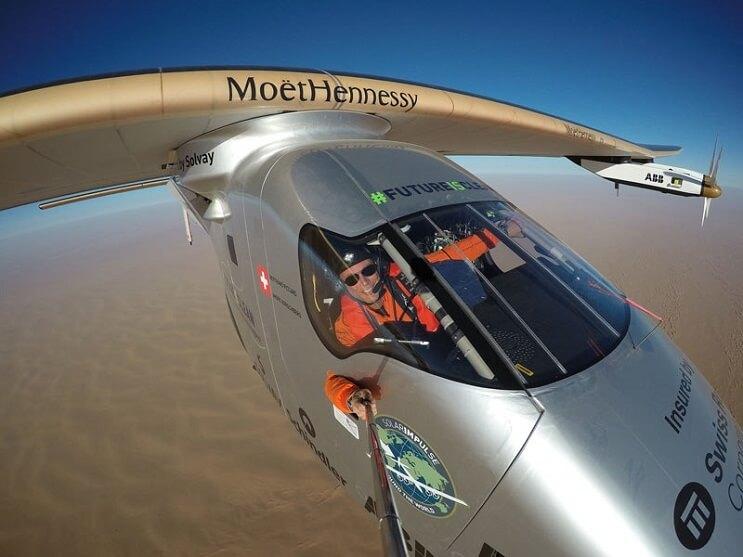 ¡Increíble! Este avión ha dado la vuelta al mundo sin una sola gota de gasolina 11