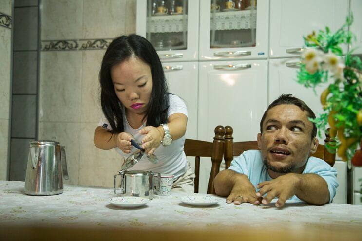Conoce a Katyucia y a Paulo, la pareja más bajita del mundo 2
