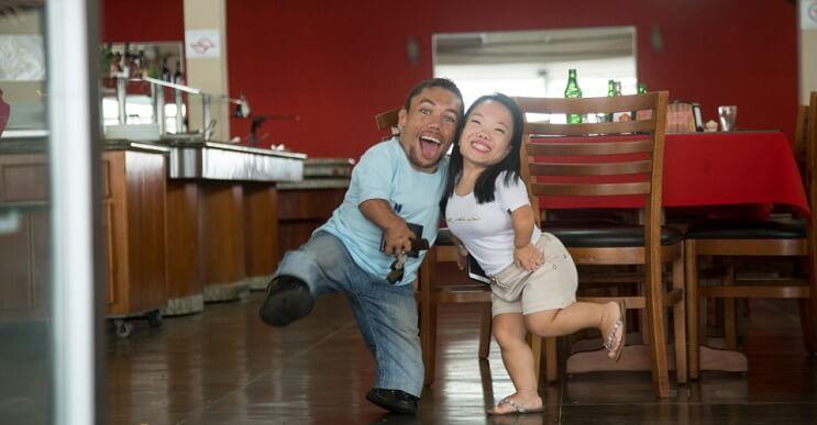 Conoce a Katyucia y a Paulo, la pareja más bajita del mundo