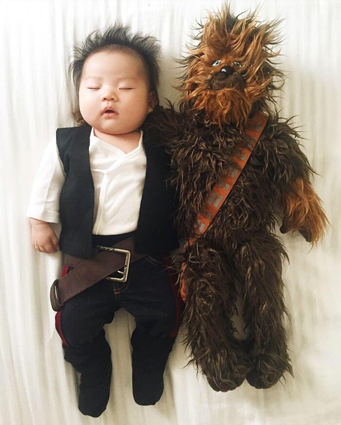 Esta bebé se ha convertido en toda una modelo de Instagram entre siesta y siesta han solo