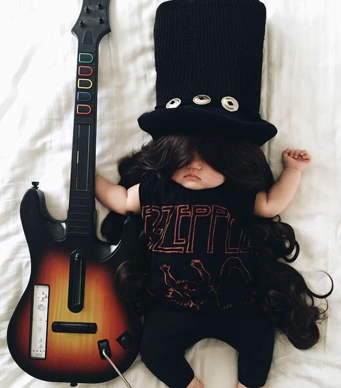 Esta bebé se ha convertido en toda una modelo de Instagram entre siesta y siesta slash