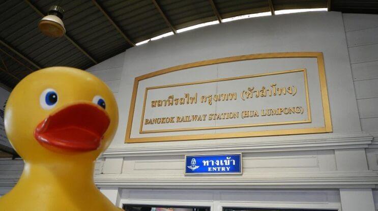 Este pato de hule que fue robado hace 5 años y ha regresado luego de un misterioso viaje 06
