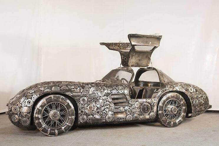 Estos artistas crearon con chatarra los más alucinantes autos 3 (1)