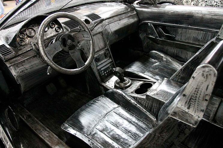 Estos artistas crearon con chatarra los más alucinantes autos 5