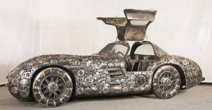 Estos artistas crearon con chatarra los más alucinantes autos