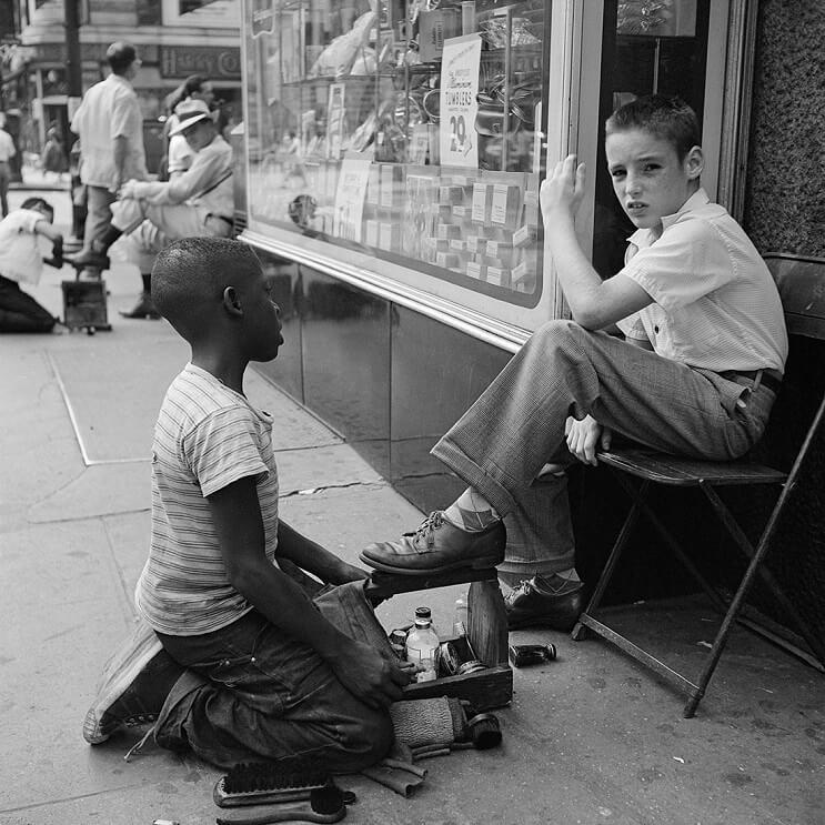 Hombre compra negativos en una subasta y descubre a una de las más importantes fotógrafas del siglo XX 07