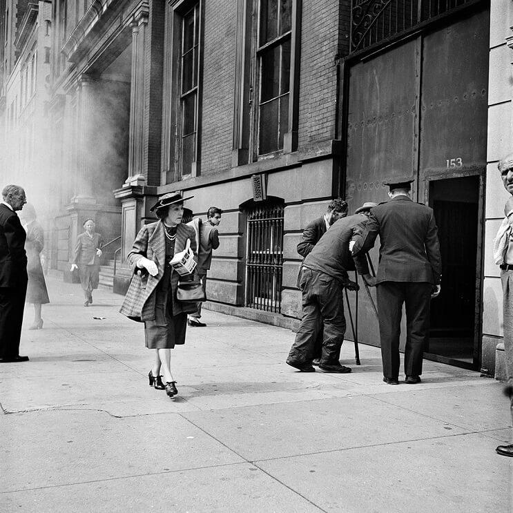 Hombre compra negativos en una subasta y descubre a una de las más importantes fotógrafas del siglo XX 09