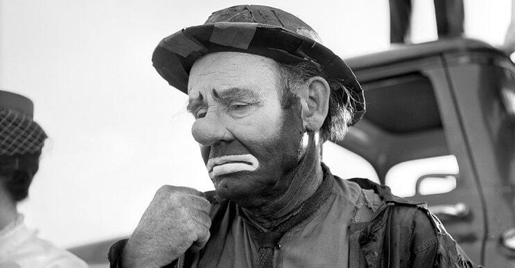 Hombre compra negativos en una subasta y descubre a una de las más importantes fotógrafas del siglo XX