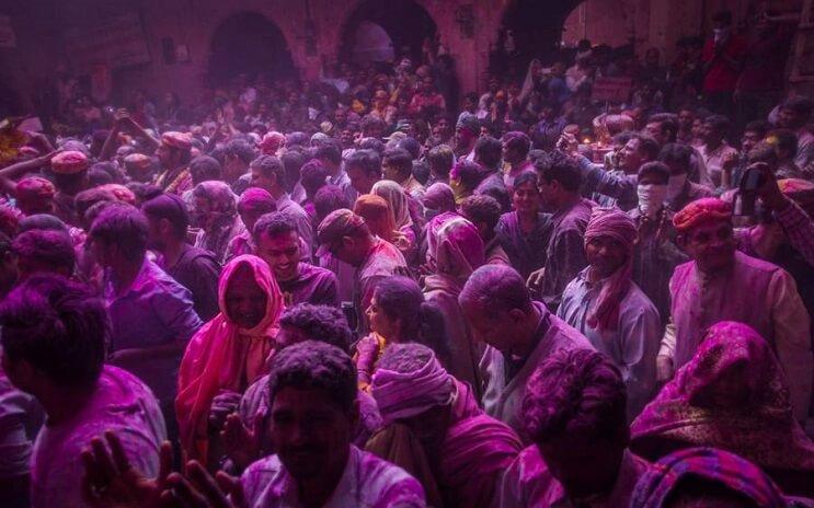 La belleza de la India durante el festival Holi 06