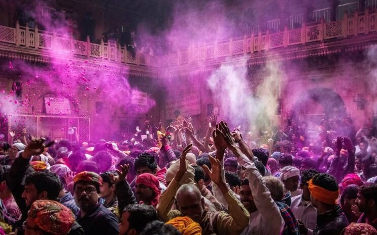 La belleza de la India durante el festival Holi 08