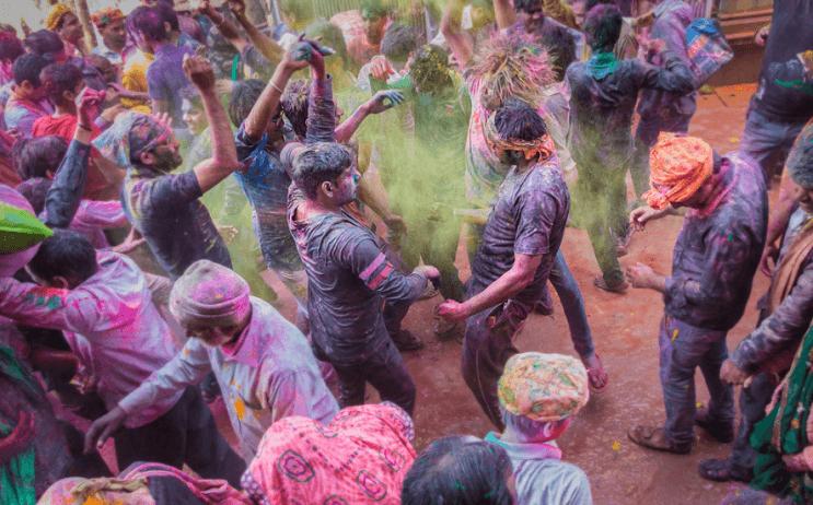 La belleza de la India durante el festival Holi 16