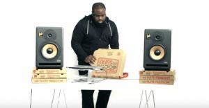 Ahora las cajas de Pizza Hut se convierten en un tornamesa para DJ
