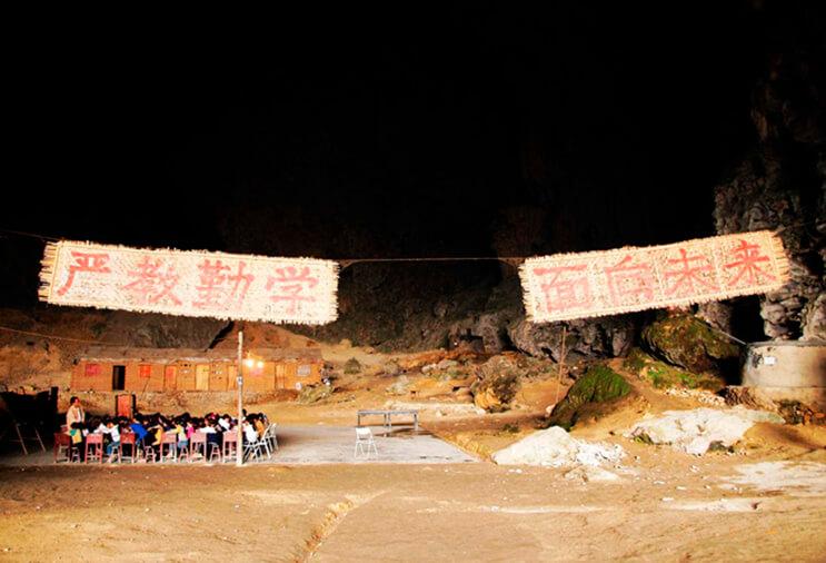 Los aldeanos de esta cueva se niegan a dejar su hogar 6