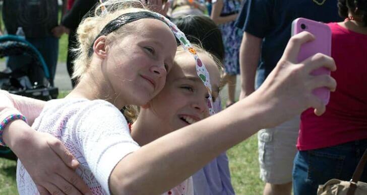 Nadie fue al cumpleaños de su hija y tras un pedido por Facebook  se convirtió en el evento más deseado 07