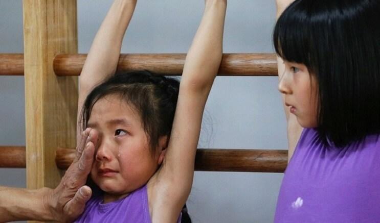 Nina gimnasia en China 1
