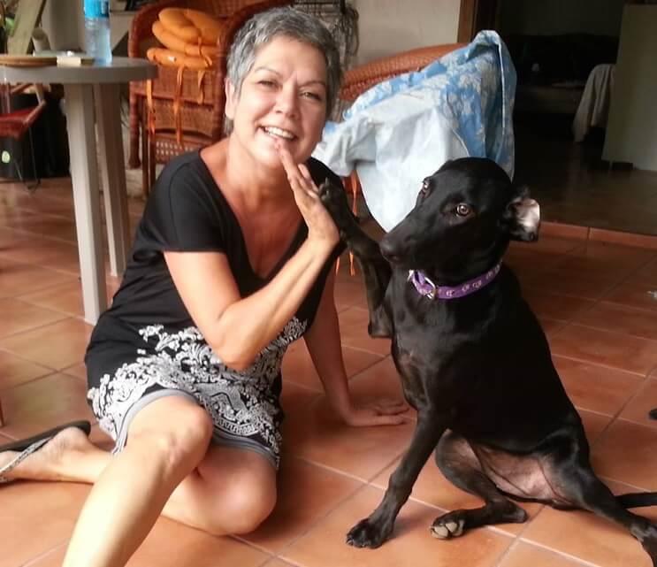 Perrita Gaia y su nueva mamá Johanne
