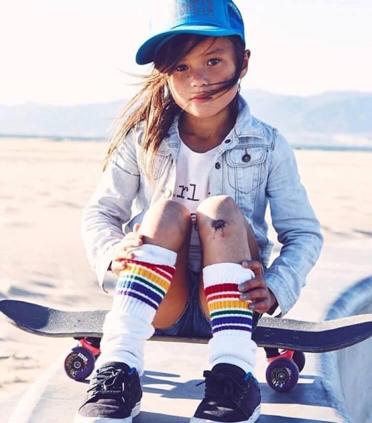 a-pesar-de-su-corta-edad-esta-nina-se-ha-convertido-en-un-prodigio-del-skate-2