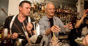 Bill Murray dejó la actuación por el bartending….. porque es Bill Murray
