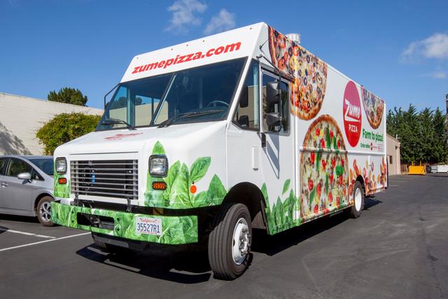 con-este-vehiculo-las-pizzas-llegaran-recien-salidas-del-horno-camion-delivery