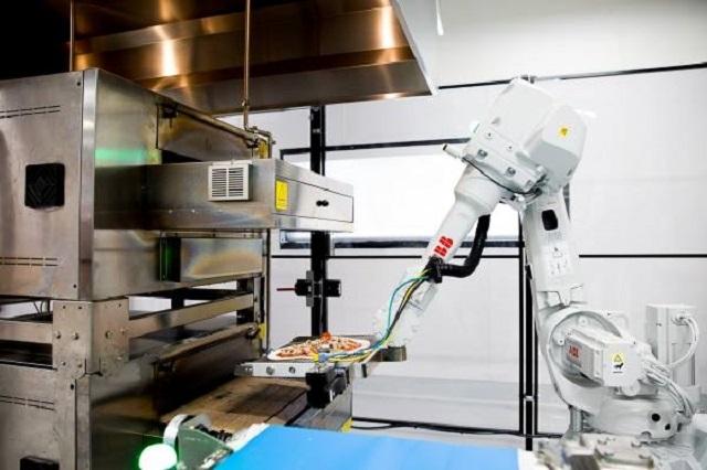 con-este-vehiculo-las-pizzas-llegaran-recien-salidas-del-horno-robot-22
