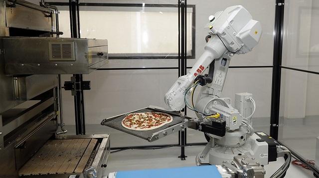 con-este-vehiculo-las-pizzas-llegaran-recien-salidas-del-horno-robot-33