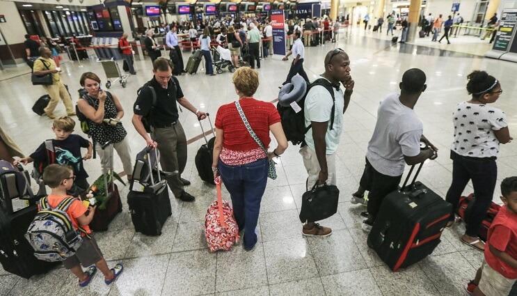 El porqué muchas veces contribuimos con el bullying online sin saberlo aeropuerto