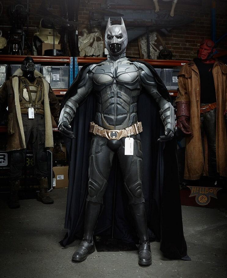 el-traje-de-batman-fue-subastado-y-no-te-imaginas-cuanto-pagaron-por-el-batitraje