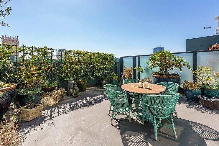 johnny-depp-pone-su-penthouse-a-la-venta-y-es-mas-de-lo-que-se-puedan-imaginar-terraza