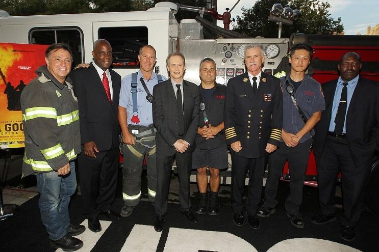 la-historia-de-este-actor-tras-el-911-lo-convierte-es-un-heroe-en-la-vida-real-condecorado