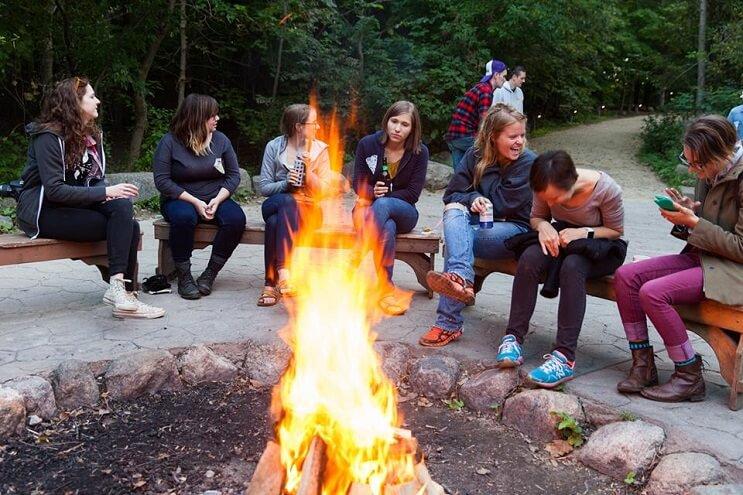 un-campamento-de-pizza-que-convierte-el-sueno-de-muchos-en-realidad-fuego