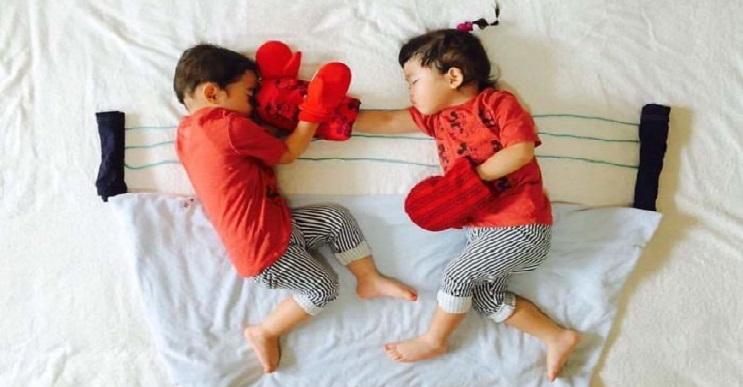 Una madre hace que sus gemelos vivan grandes aventuras mientras ellos duermen