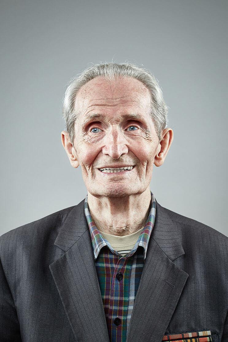 una-sesion-fotografica-que-nos-muestra-que-la-sonrisa-nunca-envejece-3