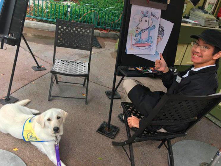 a-este-perro-guia-le-hicieron-un-retrato-en-disney-y-a-la-gente-le-ha-encantado2