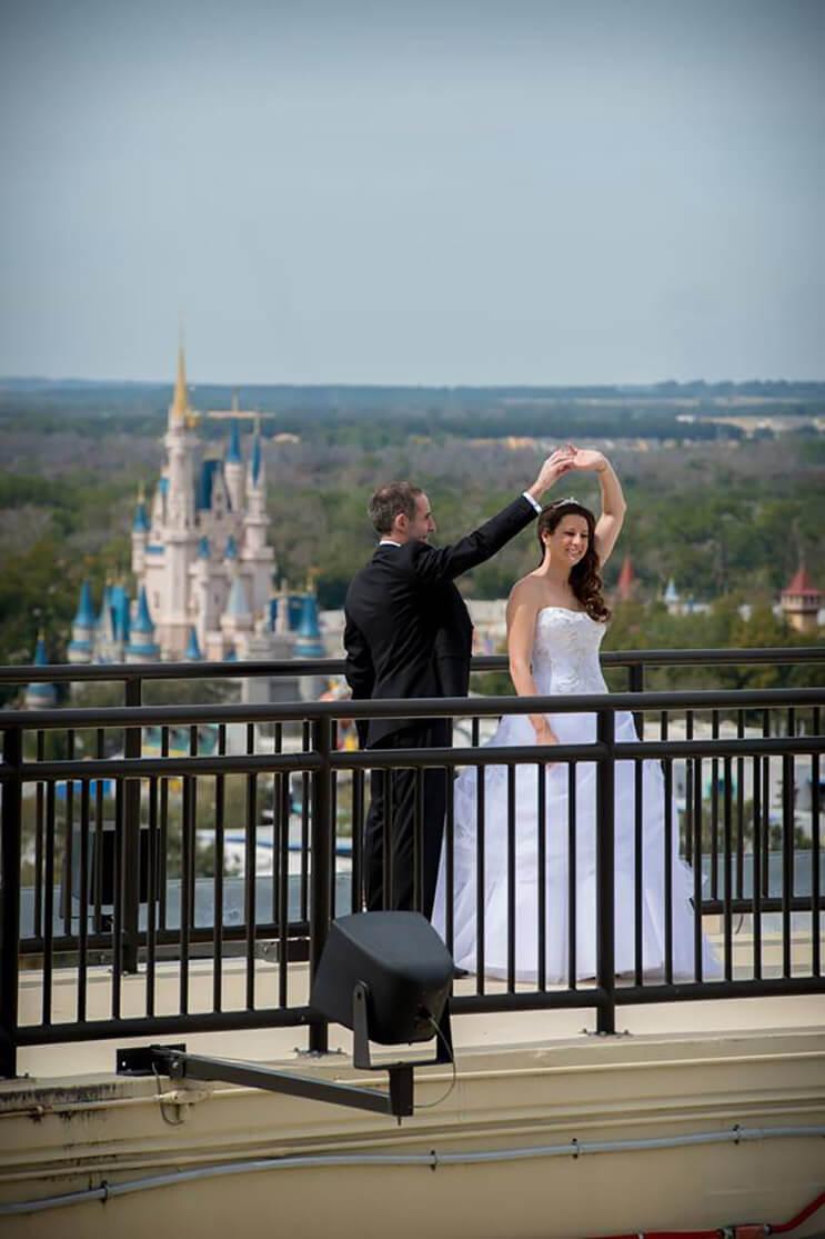 ahora-podras-casarte-en-disney-y-hacer-de-tu-boda-un-cuento-de-hadas-4