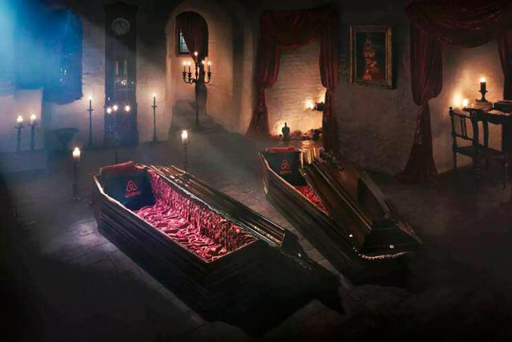 ahora-puedes-alojarte-en-la-mansion-de-dracula-esta-noche-de-brujas-gracias-a-airbnb-1