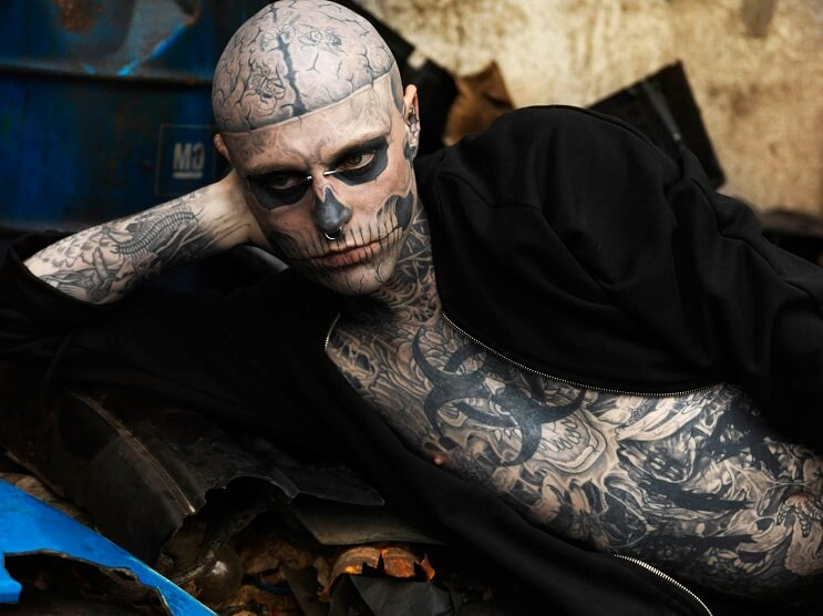 Conoce A Rick Genest El Hombre Con Más Tatuajes En El Mundo Mottpe