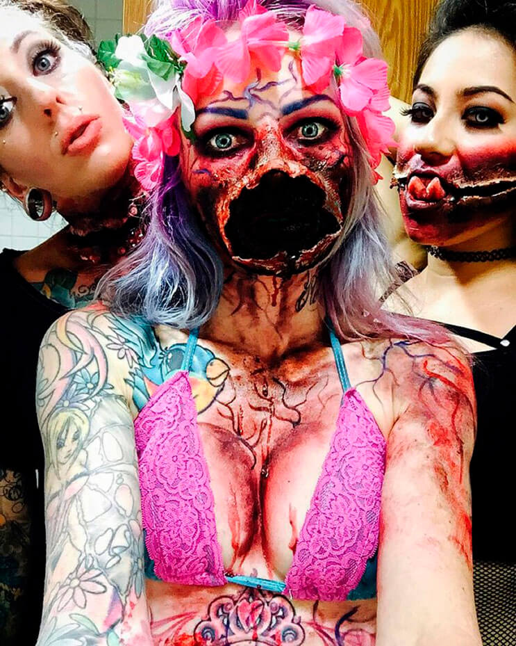 cuando-de-hacer-un-maquillaje-horroroso-se-trata-nada-mejor-que-la-habilidad-de-esta-artista-10