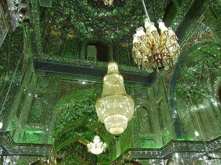 el-interior-de-esta-mezquita-en-iran-le-da-otro-significado-a-la-belleza-5