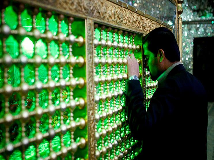 el-interior-de-esta-mezquita-en-iran-le-da-otro-significado-a-la-belleza-9